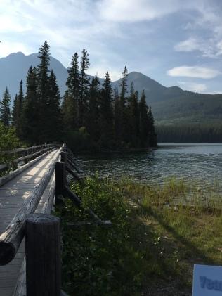 Pyramid Lake, Jasper