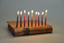 book-menorah-2