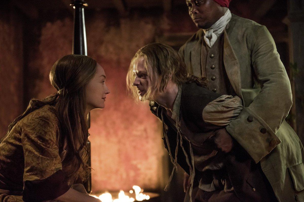Outlander Bookshelf Fantasies # Banc Tv But Chene Naturel